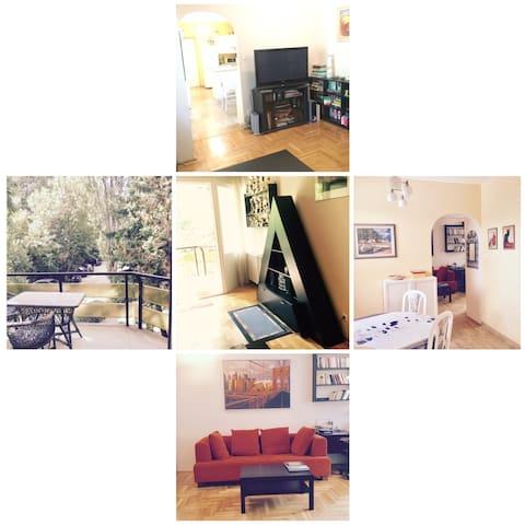 Buda Cozy Sunny Apartment
