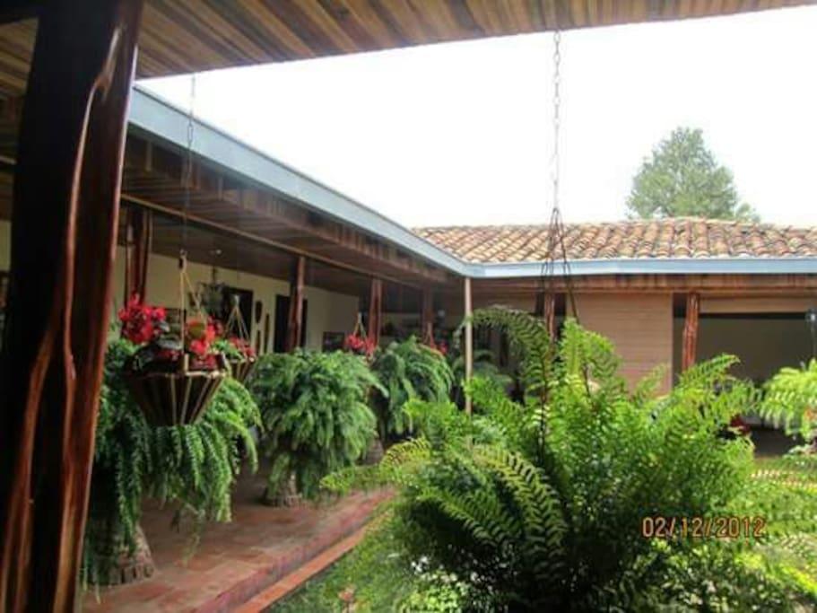 Casa Ppal Hacienda MiraValle - Patio Interno