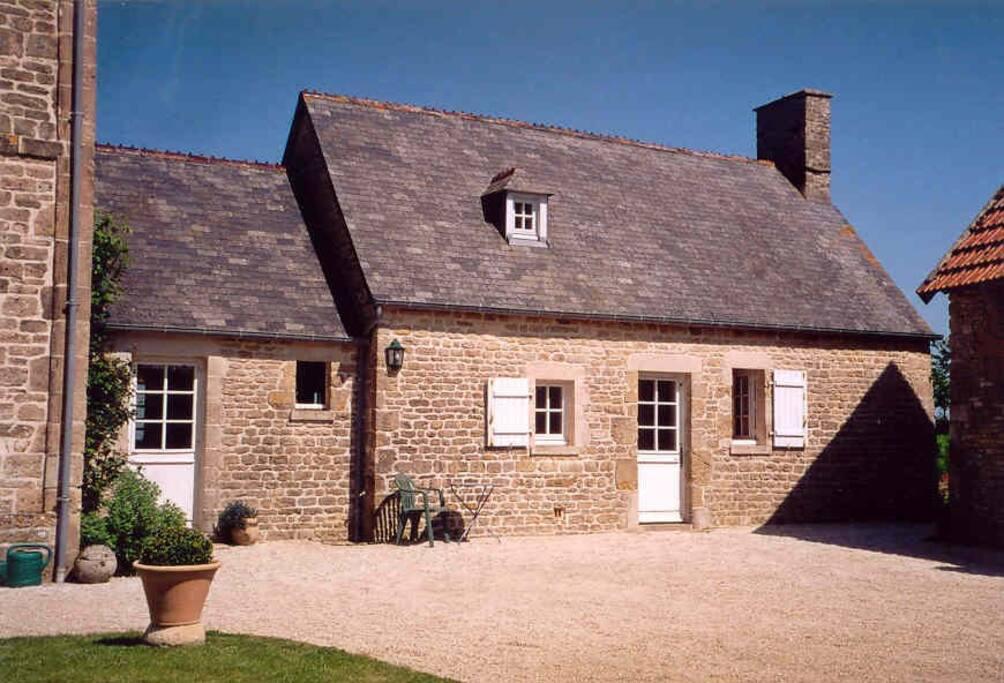 La petite maison du netz houses for rent in appeville - La petite maison normandie ...