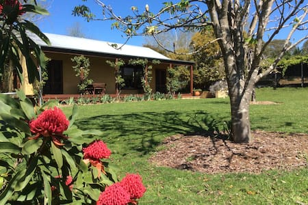 Candlebark Cottage - Bundanoon