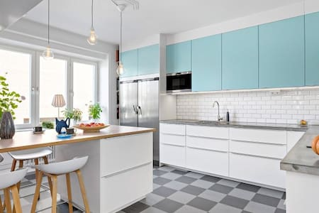 SPACIOUS APARTMENT & GREAT CENTRAL LOCATION - Malmö - Wohnung