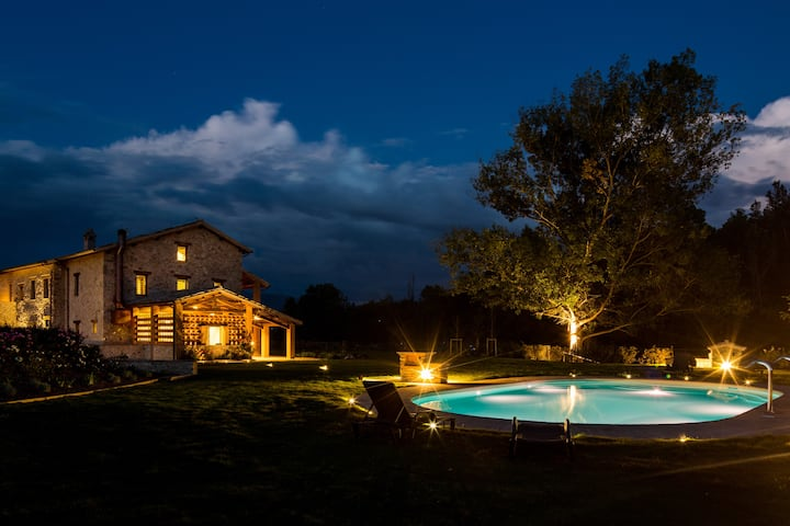 Villa Rovicciano, luxury villa, sleeps up 20