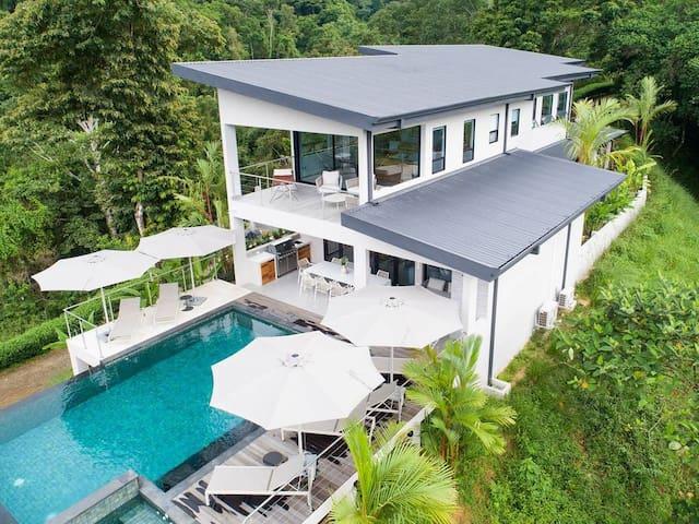 Lagunas Estate Dominical Ocean View Privacy
