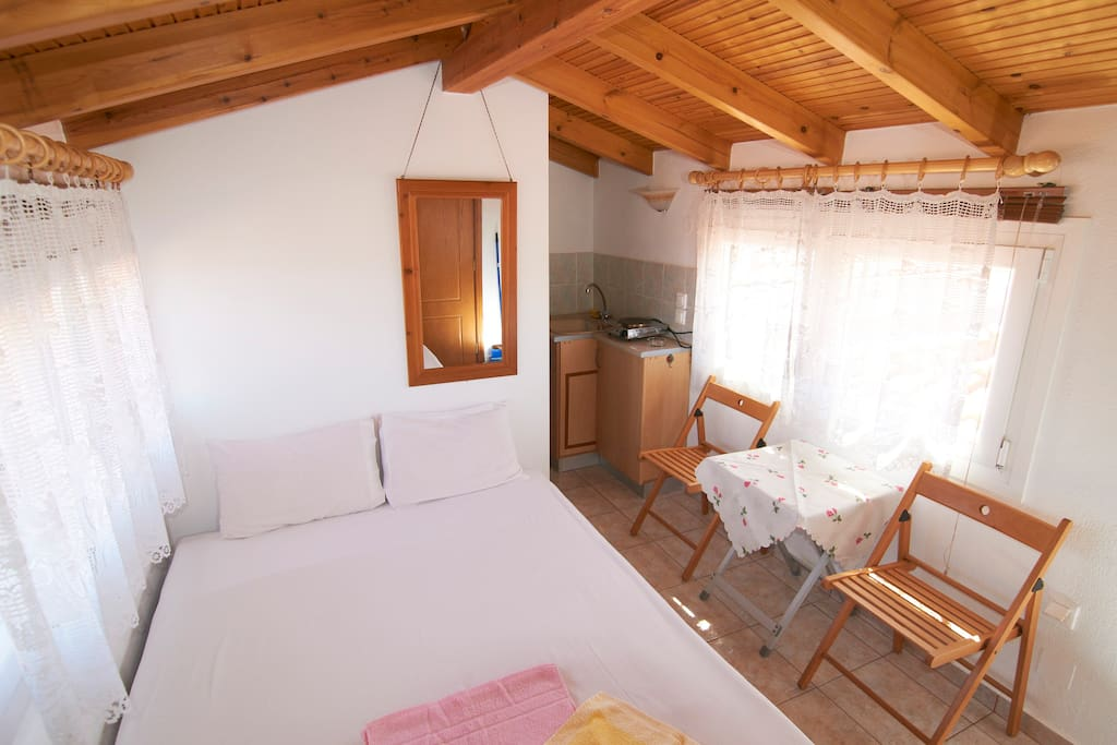 An attic for up to 2 persons apartments for rent in nea roda makedonia thraki greece - Setting up an attic apartment ...