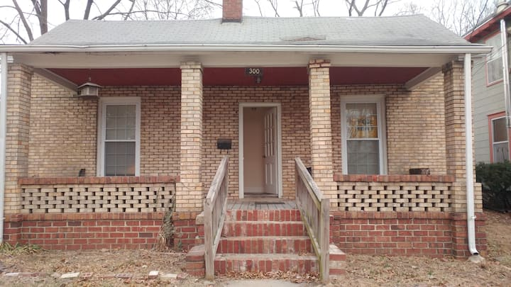 3 Bedroom Brick Bungalow in Downtown Columbia, MO