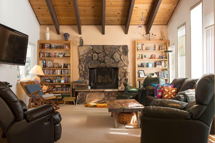 Tahoe Keys house New granite kitchen & boat dock - South Lake Tahoe - Huis