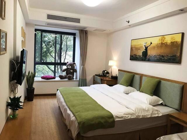 2.4米超级大床房 步行可达屯溪老街黎阳印象 黄山大观度假公寓
