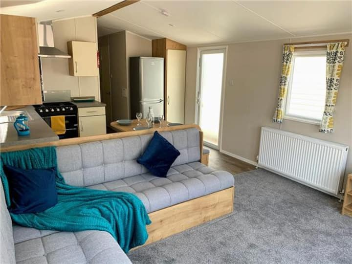 Brand New for 2021, 3 Bed, 8 berth Luxury caravan