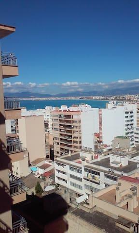 Habitación con terraza propia y vista a la bahía
