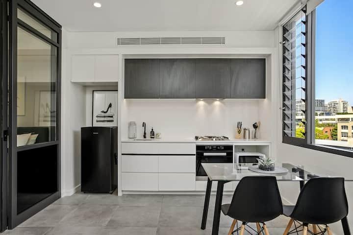 Modern Living in the Heart of Sydney