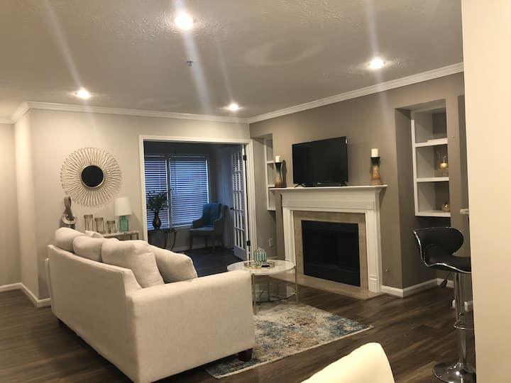 Luxury Suite Near The Braves Stadium