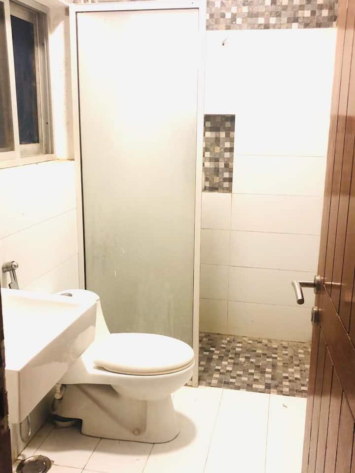 Excellent 3 bedroom villa in DHA 5 Karachi