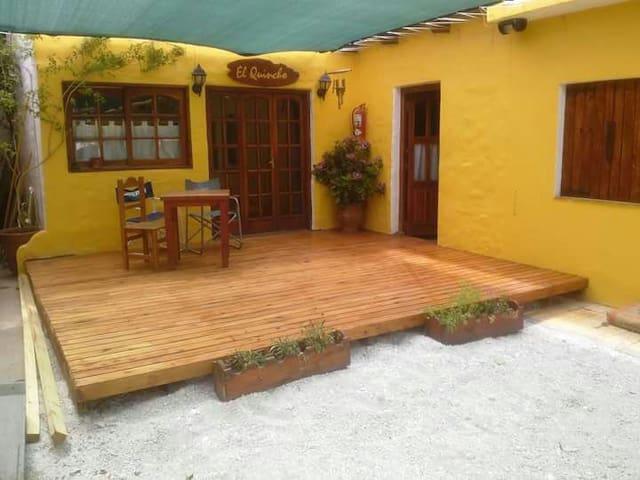 Hostal En Las Grutas