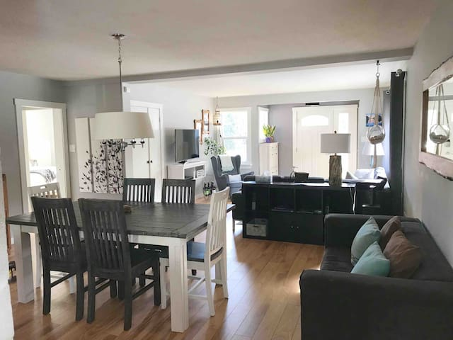 Squamish Home Perfect for Your Whistler Ski Trip