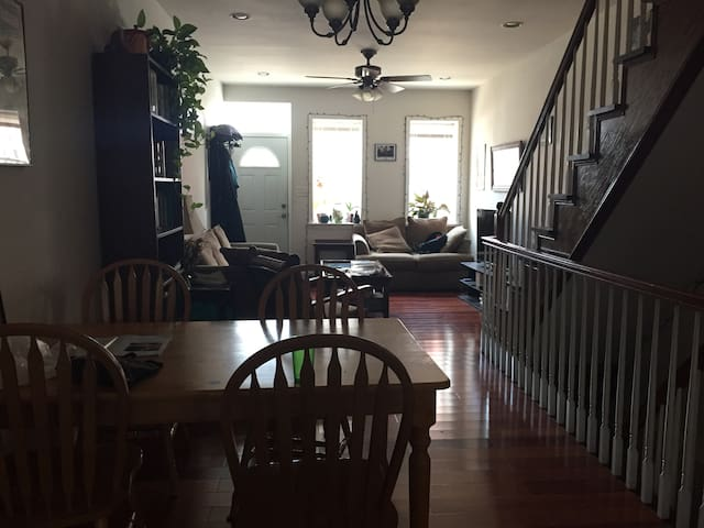 Sunny South Philly bedroom with private bathroom