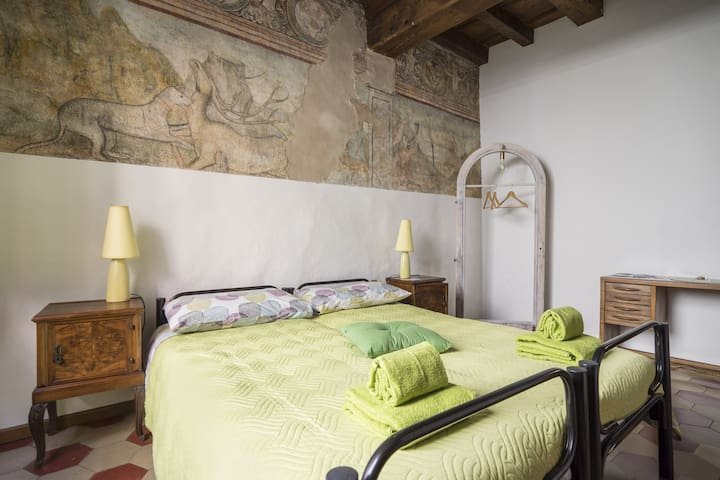 La Casa Dei Mercanti (little traditional BnB)