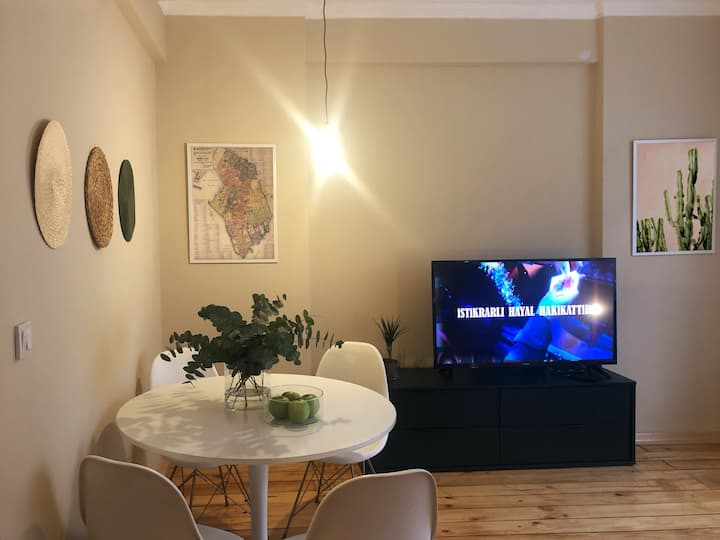 K Home, well-designed apartment in Moda, Kadıköy