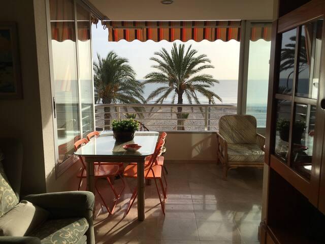 Apto frente al mar playa San Juan