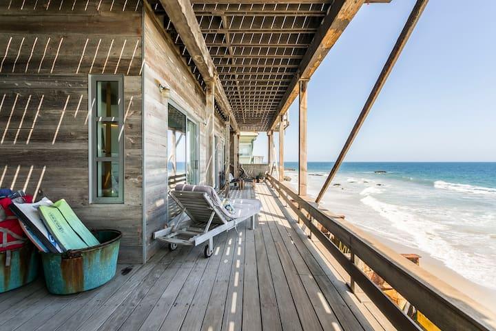 Rustic, Romantic Beachfront Apartment in Malibu
