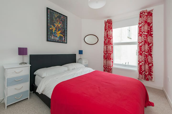 Stylish central flat 2 bedrooms