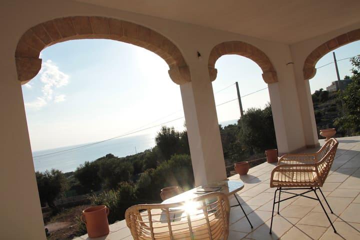VILLA with beautiful seaview