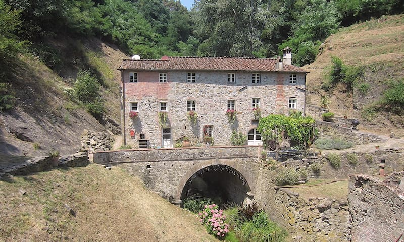 IL Mulino -antique mill Lucca hills - Lucca