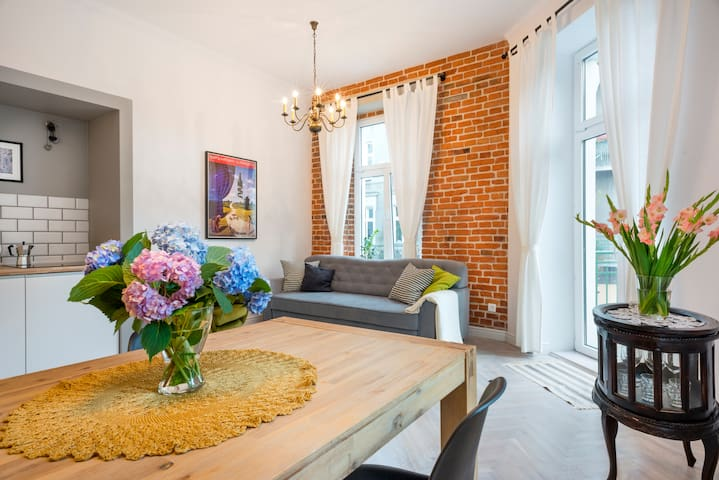 Old Town❤stylish apt❤breakfast❤centrally located