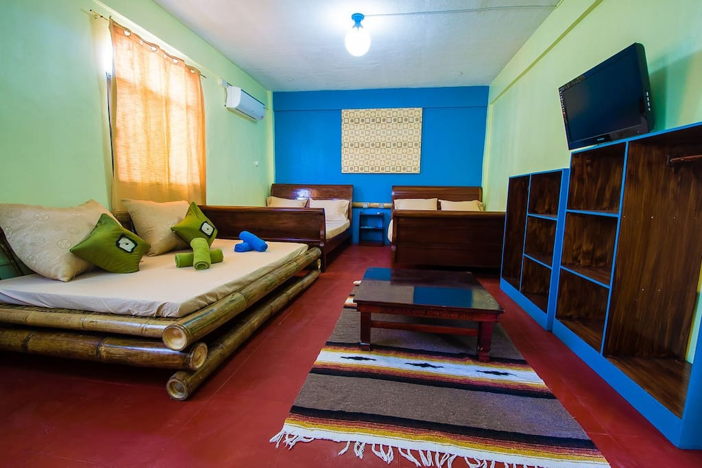Suite room good for 5-6 persons. Suitable for families or groups.