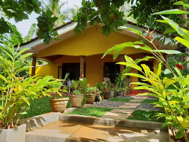 R&N Yellow House - Enjoy your own house