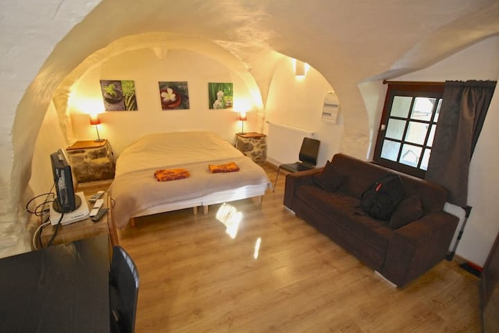 Self-catered studio. Bourg d'Oisans - Le Bourg-d'Oisans - Appartement