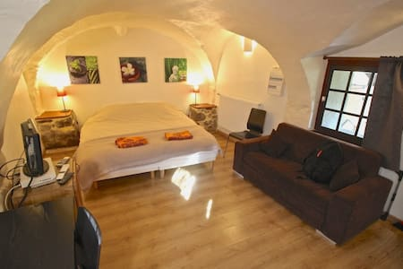 Self-catered studio. Bourg d'Oisans - Le Bourg-d'Oisans - Daire