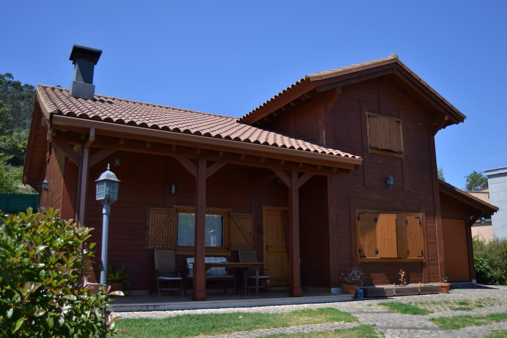 Casa de madera chalets for rent in a guarda galicia spain - Casa de madera galicia ...