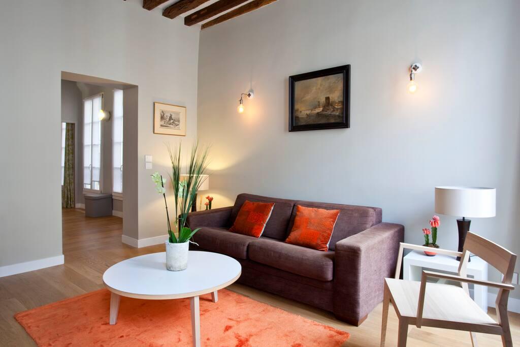 marais classique charm wohnungen zur miete in paris 3e. Black Bedroom Furniture Sets. Home Design Ideas