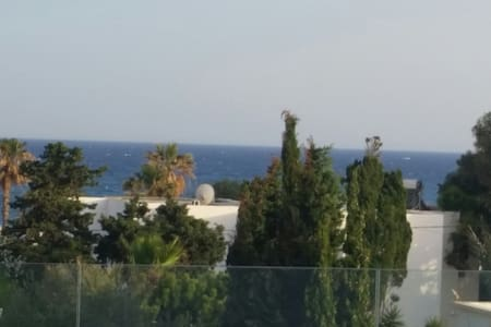 Nice Roof top front de mer avec Spa à bulle