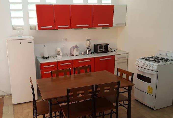 Appartement standard à petion ville - Port-au-Prince - Pis