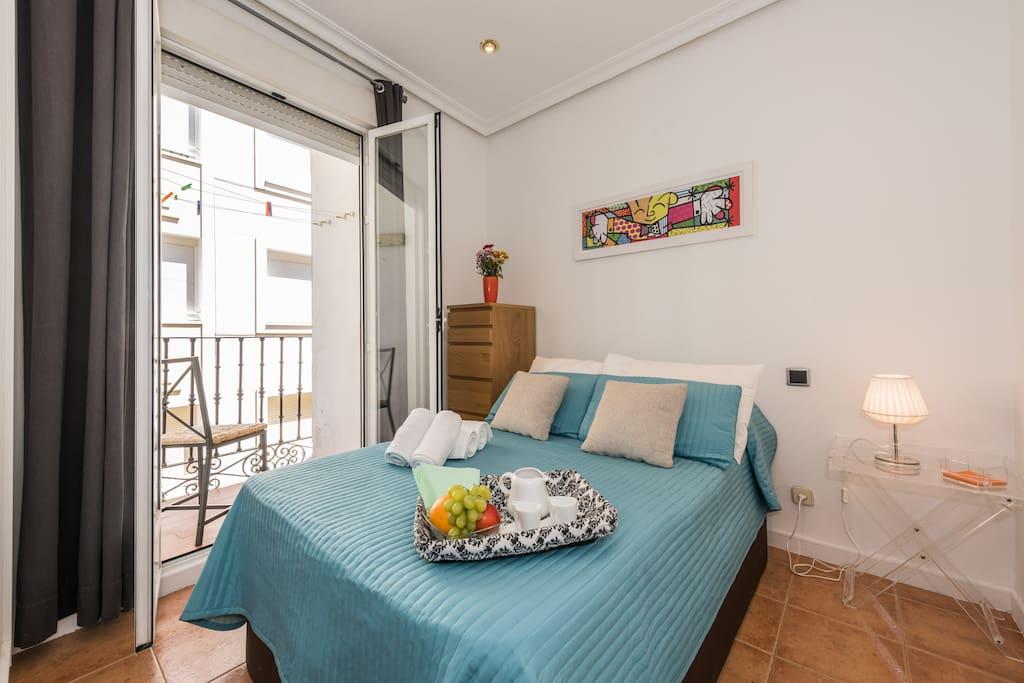 Piso madrid centro malasa a apartamentos en alquiler en for Compartir piso madrid centro