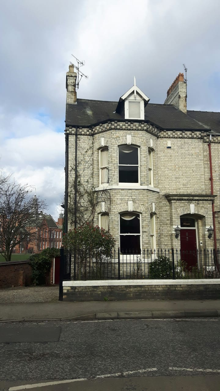 Great location; self contained flat,  own access