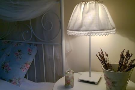 3+1-bedroom vintage-style cottage - Balatongyörök