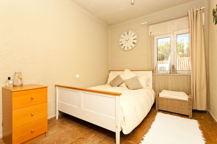 EN-SUITE ROOM IN STUNNING HOME - Vila do Bispo Municipality - House