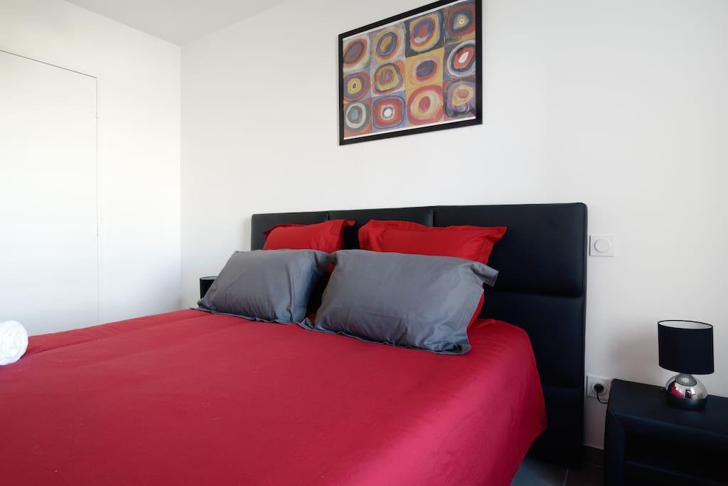 Aix la duranne t2 neuf appartamenti in affitto a aix en for Garage costa marseille