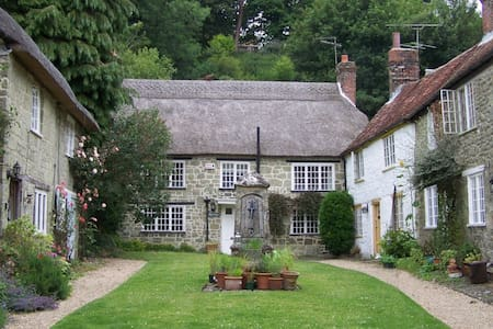 Picturesque Dorset country cottage - Hus