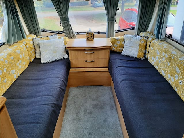 Claris the Cosy Caravan!