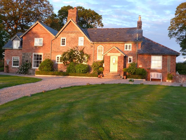 A delightful B&B in peaceful  Wales - llanfyllin - Bed & Breakfast