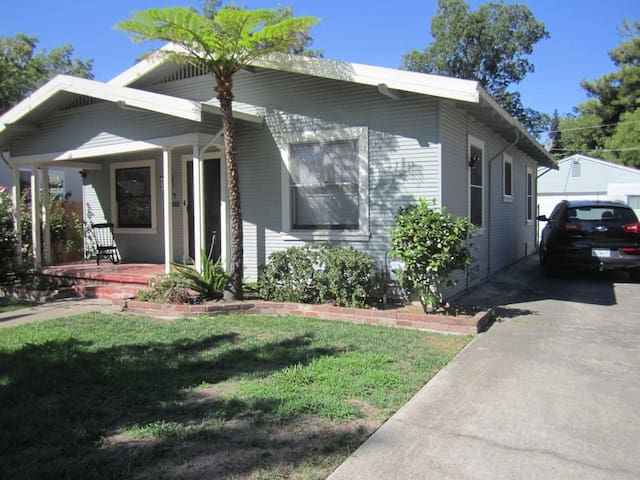 Vintage House Share near UC Davis Med Center