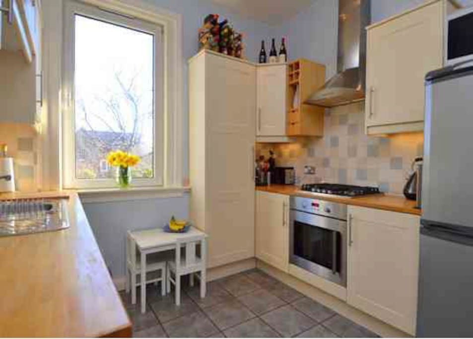 use of kitchen with fridge freezer, cooker, dishwasher and mocrowave