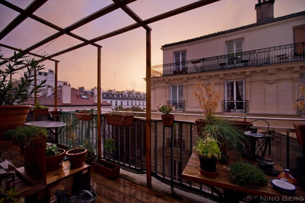 Charmant duplex avec terrasse appartements louer for Location appartement avec terrasse paris