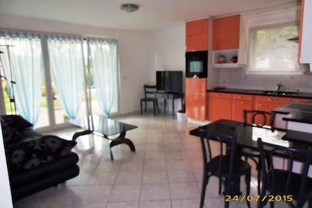 Appartement avec magnifique terrasse - La Chaux-de-Fonds