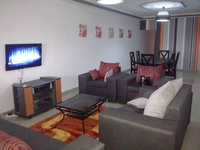 bel appartement spacieux - Abidjan - Apartamento