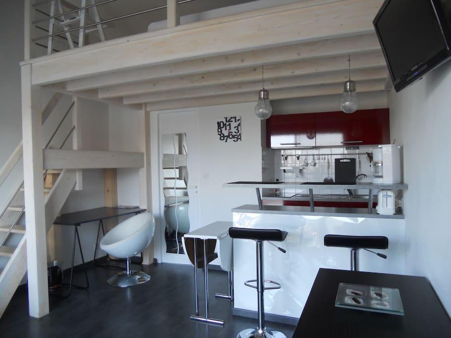 studio mezzanine le gabaret appartements louer la. Black Bedroom Furniture Sets. Home Design Ideas