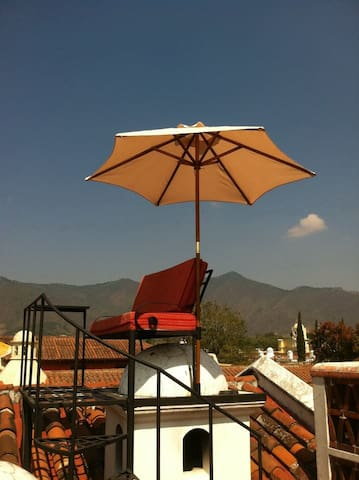 Cozy apartment next to Central Park - Antigua Guatemala - Apartment
